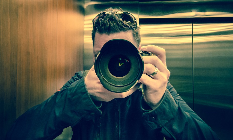 taking a picture self photo free photo on pixabay