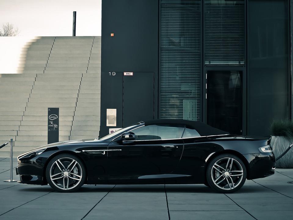 World Luxury Car winner odds