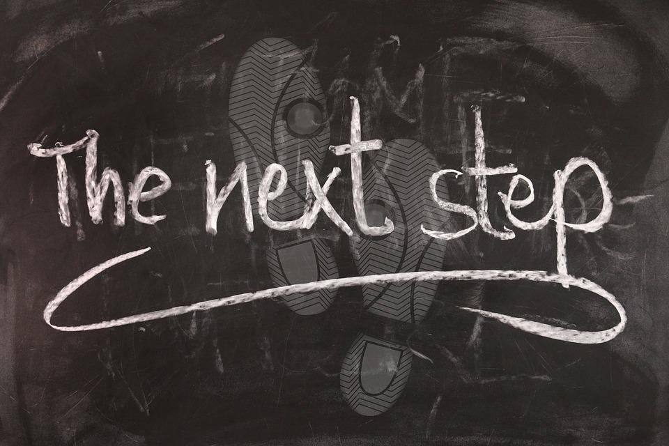 ボード, ステップ, お互いに, 以下の, 行に, 1 つのファイル, 短い間隔で, ステップバイ ステップ