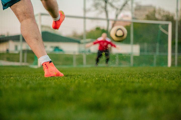 サッカー, ゴールにシュートします, ドアの夫, ナイキ, 水銀の, ショット