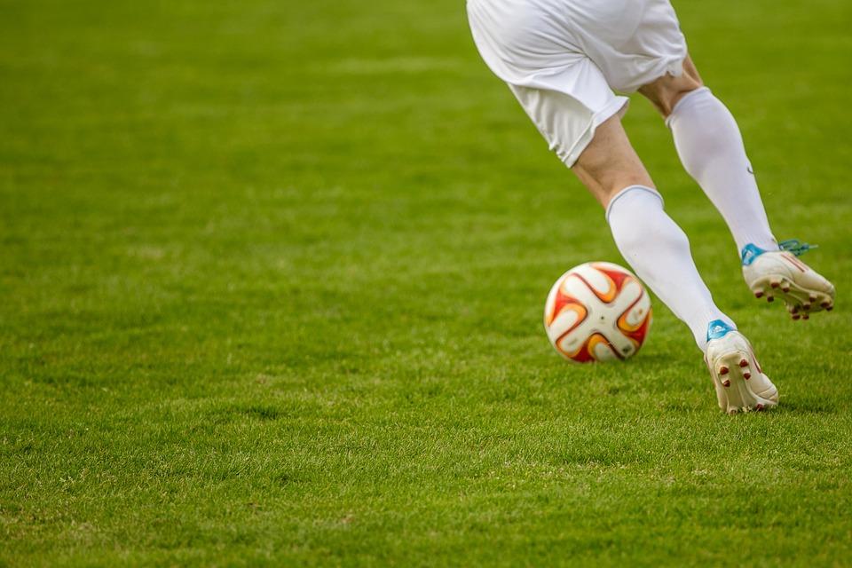 Fussball, Ball, Stutzen, Fußball, Sport, Fussballer