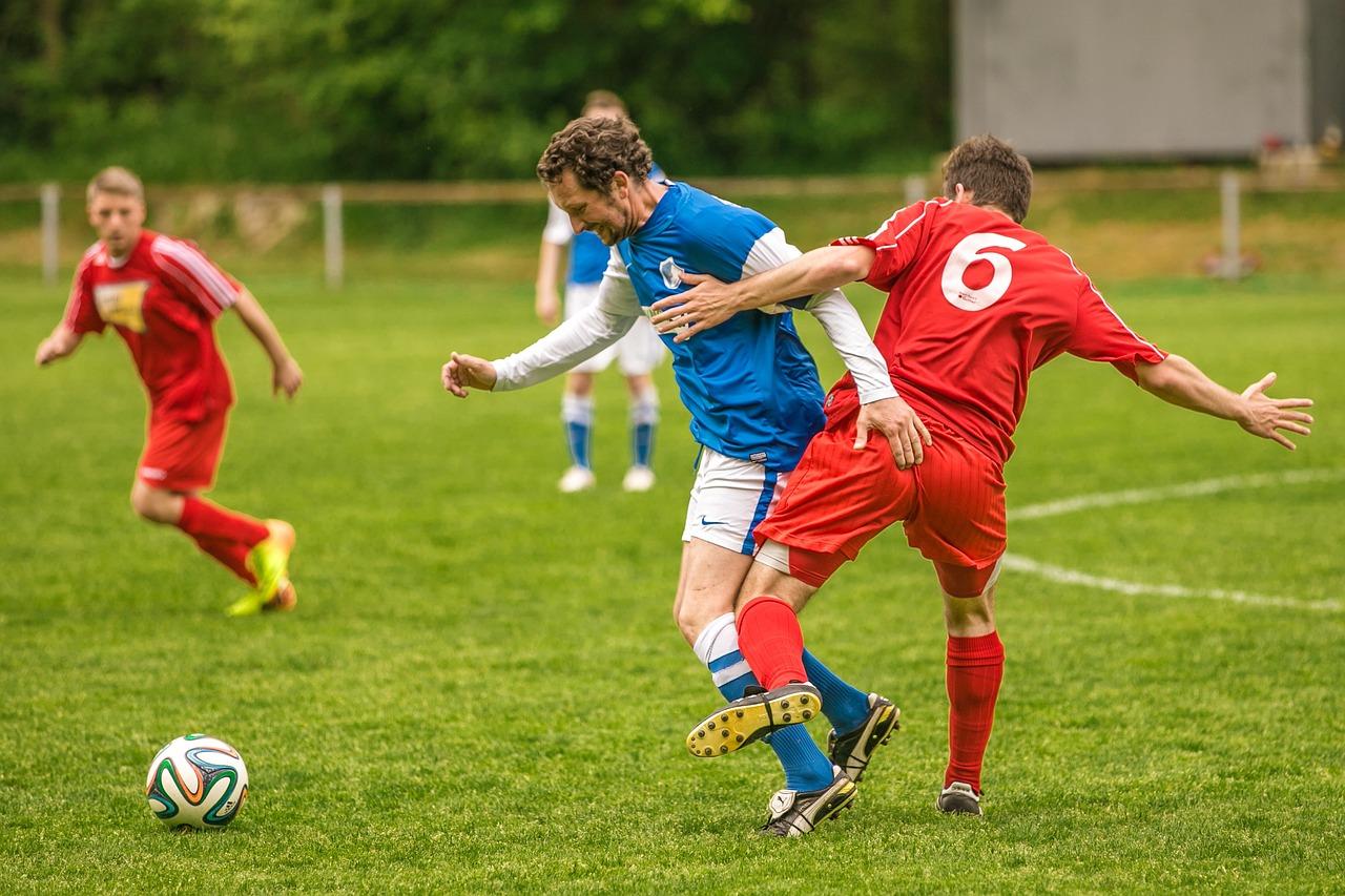 Спортивный футбол фото