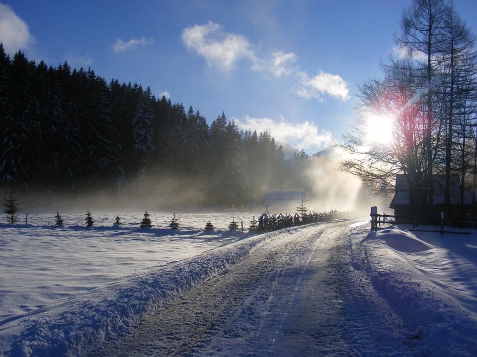 Zima, Tatry, Polska, Dolina Chochołowska, Góry