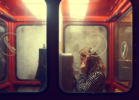 ブダペスト, 女の子, 女の子の話, ハンガリー, 電話, 電話ブース