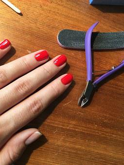 How To Treat Brittle Nails