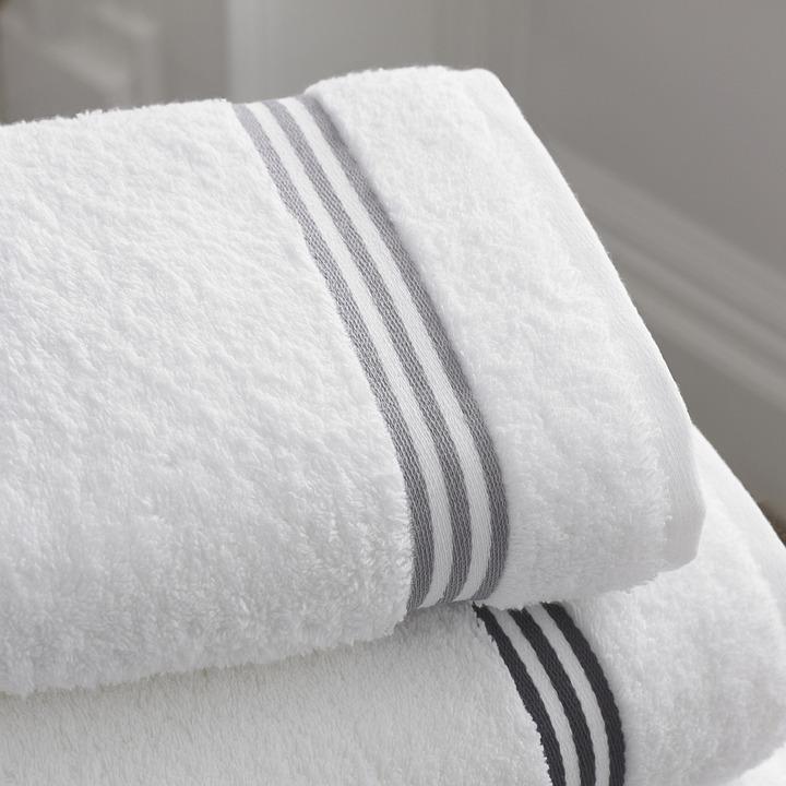 ห้องน้ำ, ห้องอาบน้ำ, ผ้าขนหนู