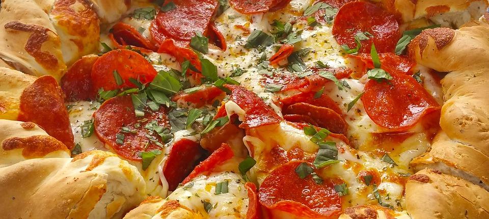 比萨, 山派, 意大利辣味香肠, 意大利, 食品, 奶酪, 美味, 意大利辣香肠比萨饼, 面团, 烘烤的