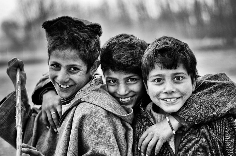 Niños, Amigos, Pobres, Blanco Y Negro, Ojos, Sonriendo