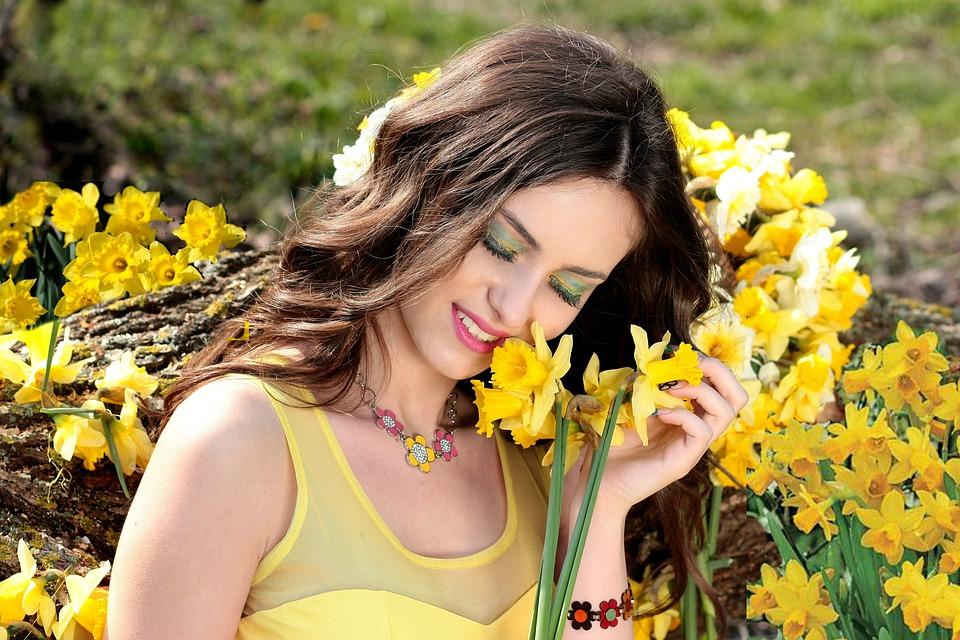 Girl daffodil yellow free photo on pixabay girl daffodil yellow flowers spring beauty mightylinksfo