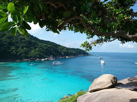 The crystal clear emerald waters of Similan island