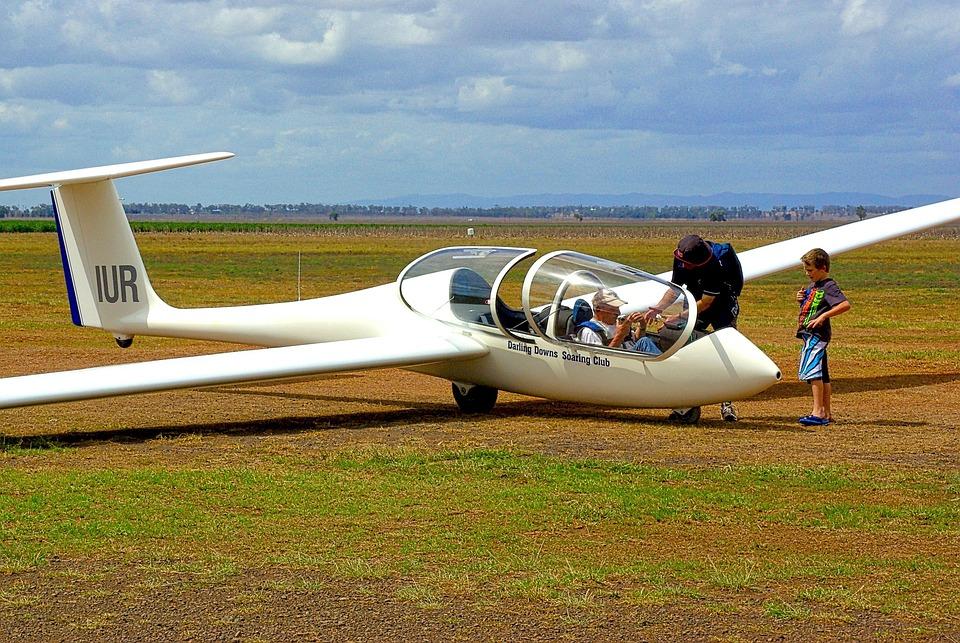glider sailplane aviation free photo on pixabay