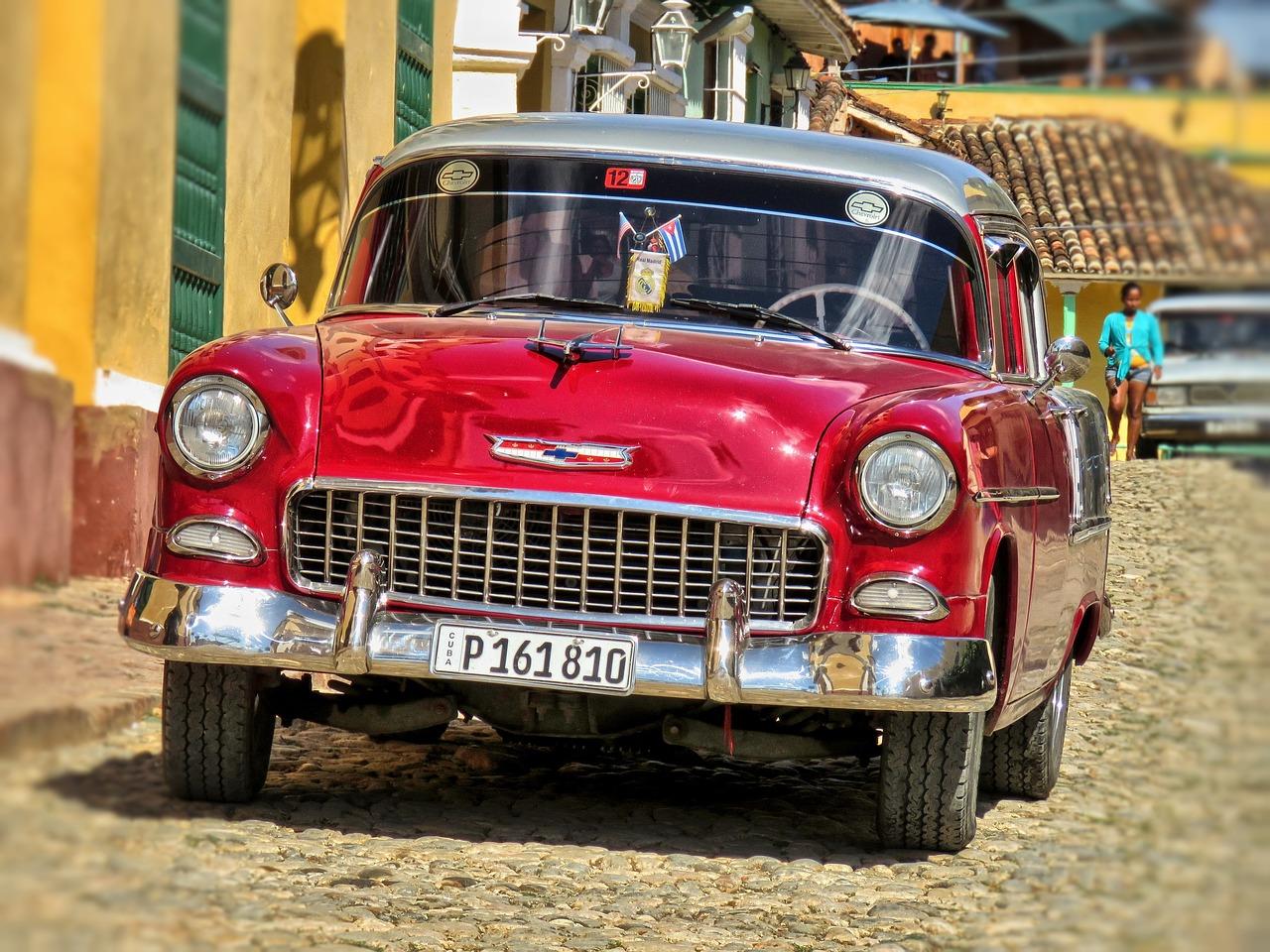 здесь размещены старые автомобили иномарки фото вот