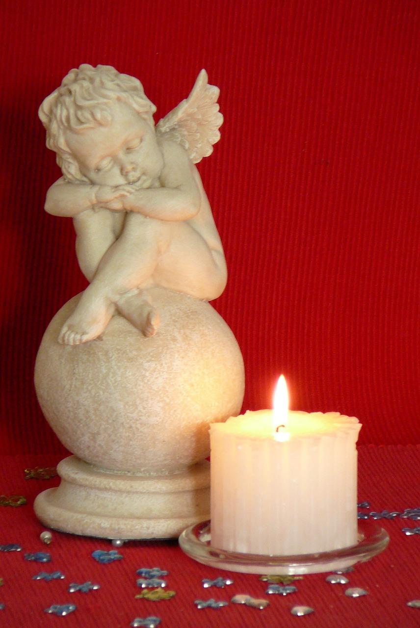 свечи с ангелами картинки фотографировала девочку или
