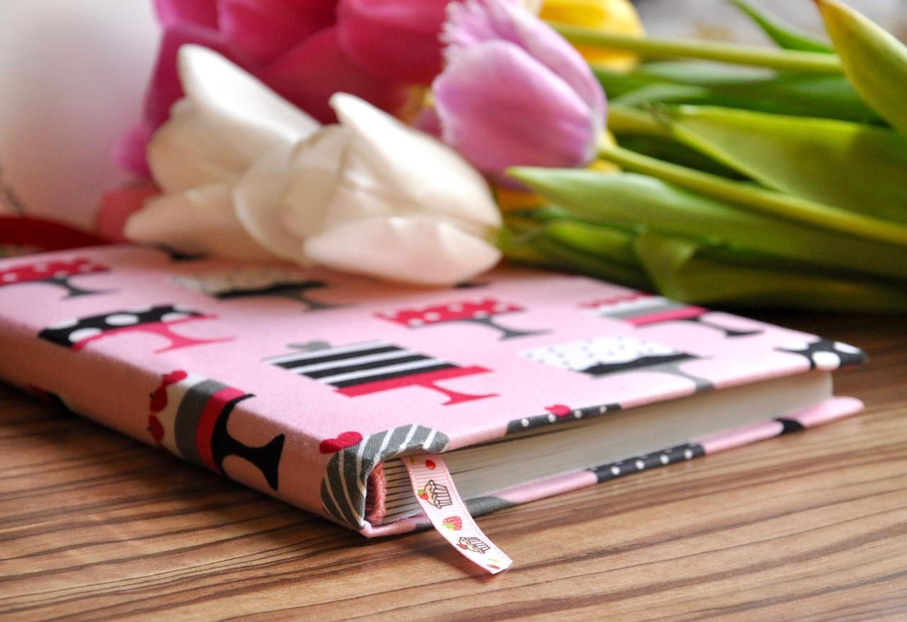 Как подписать книгу в подарок Образец подписи книги