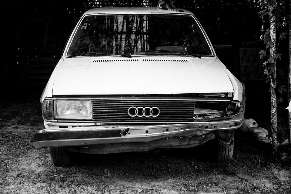 Auto Audi Oud Ongeluk Gratis Foto Op Pixabay