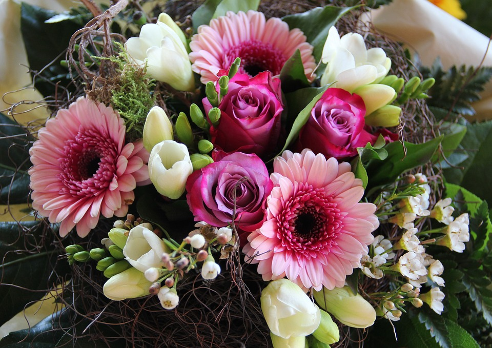 Geburtstagsstruss Blumenstrauss Kostenloses Foto Auf Pixabay