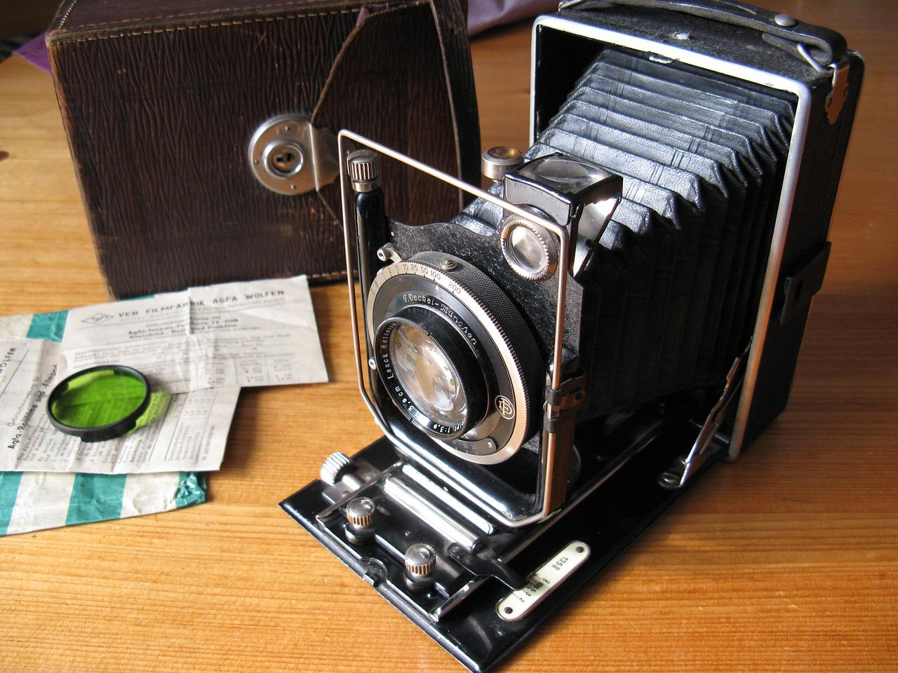 Pictures of slide projector FalconWatch