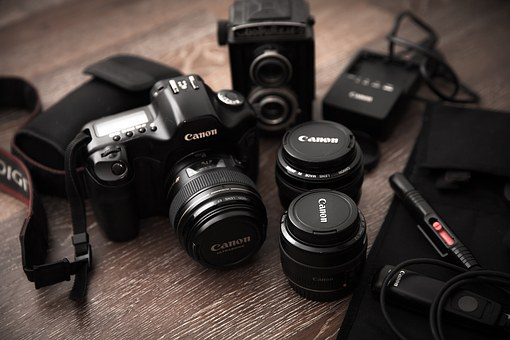 Two Approaches to Become Fantastic Deals On Canon Digital Cameras