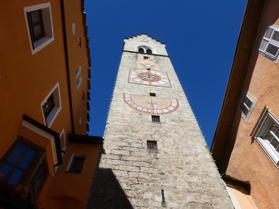 Sterzing, Dél Tirol, Óratorony, Épület