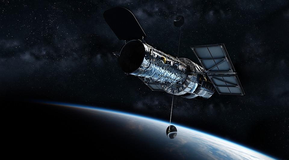 Hubble Teleskobu, Evren, Planet Earth, Teleskop