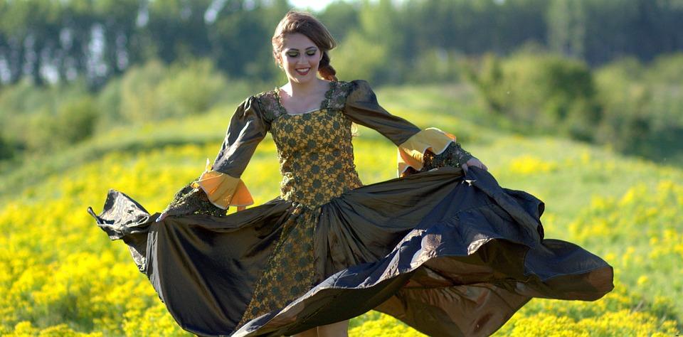 lány tánc ruha virágok hercegnő sárga szépség 8fb7d94b87