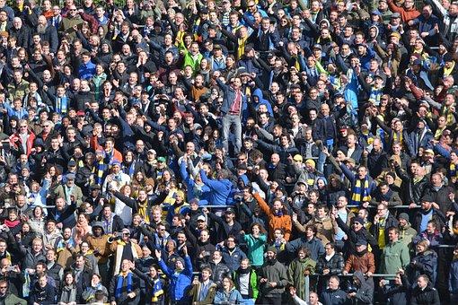 Masse, Menschen, Unterstützer