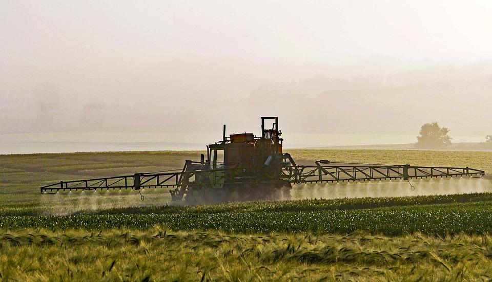 Ackerbau, Pflanzenschutz, Sprühnebel, Ausleger