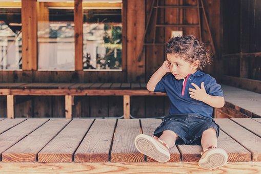 子ども, 子供, 少年, 座っている, ポーチ, 赤ちゃん, 児童, 夏, 参加