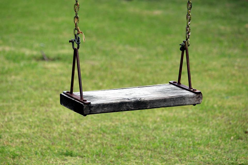 スイング, ラッシュ, 遊び場, 牧草地, 再生, 子供の, 外, 庭, 外で遊ぶ, 依存, チェーン, 子