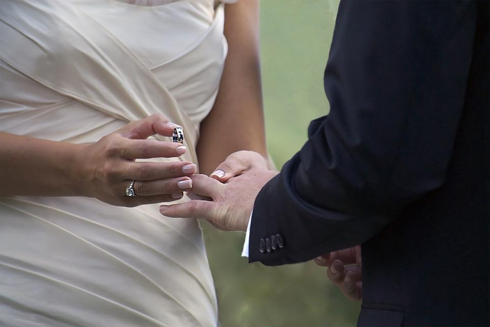 wedding 1368421 960 720