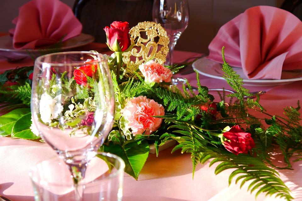Goldene Hochzeit Blumen Deko Kostenloses Foto Auf Pixabay