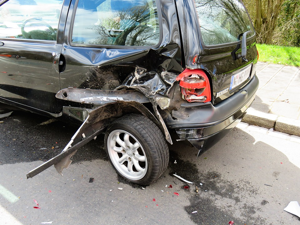 Unfall Auto Schaden Kostenloses Foto Auf Pixabay