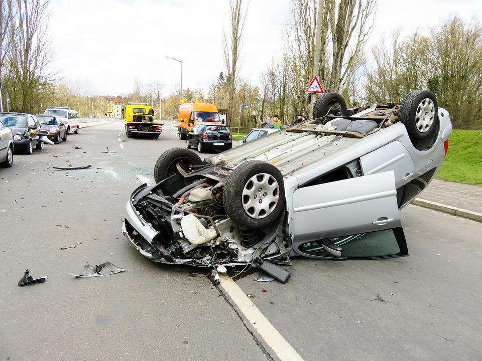 事故, 汽车, 损坏, 车辆, 破碎, 总损伤, 交通事故, 警方, 车辆事故, 紧急情况, 车间, 车祸