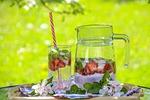 napój truskawkowy, owocowa herbata, herbata lodowa