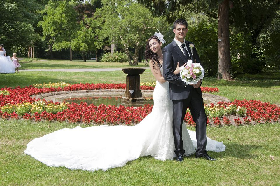 写真撮影, 公園, 太陽, 花, Brautstrauß, 花嫁, 新郎, カップル, 新郎新婦, 結婚式