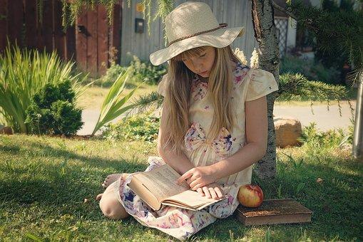 女孩, 孩子, 读取, 本书, 出, 性质, 帽子, 长长的头发, 夏季, 吸收