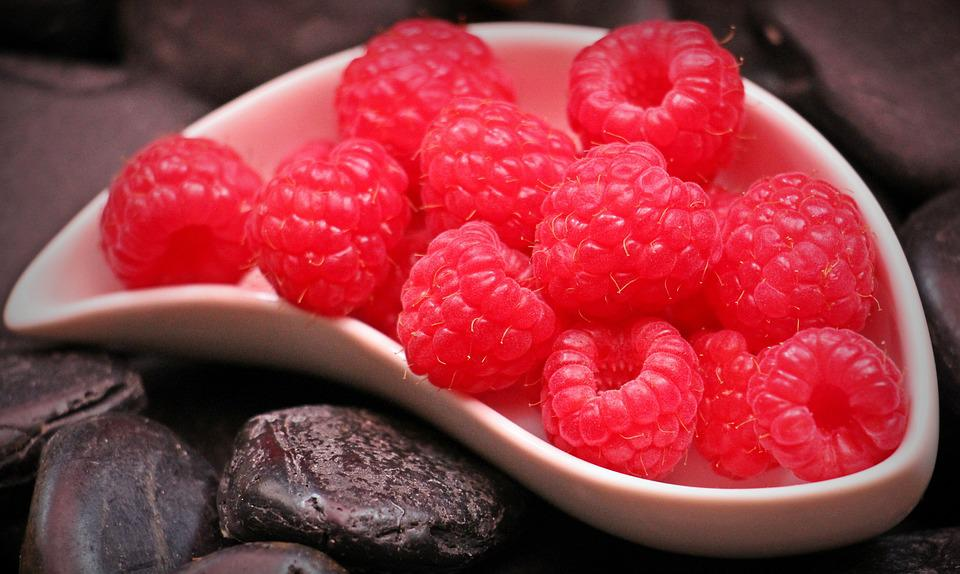 Raspberries, Fruits, Food, Red Fruits, Berry, Snack