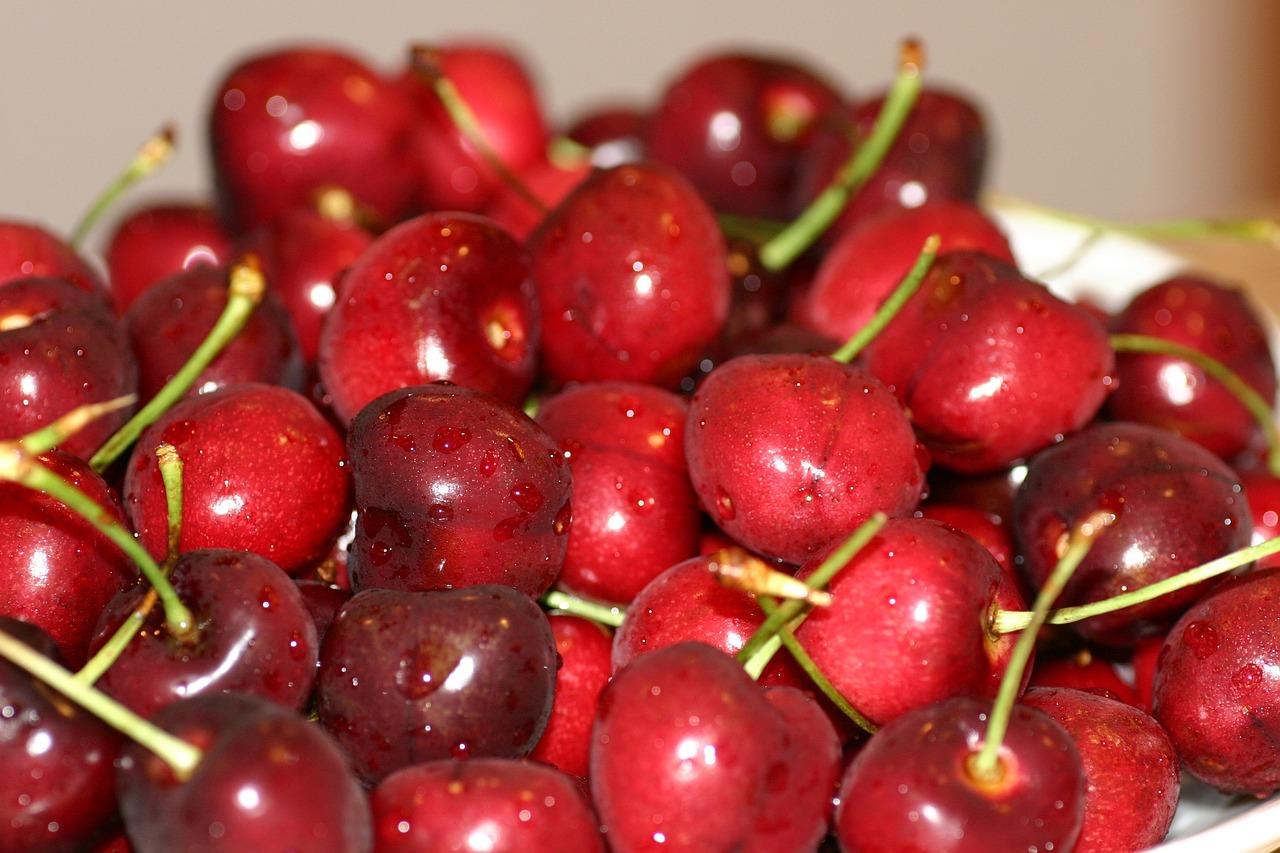 Как сделать ягодки вишни