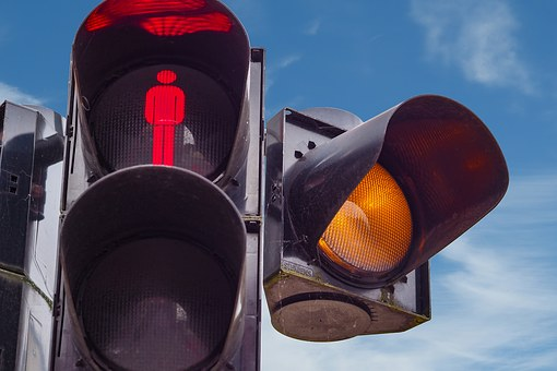 Más semáforos por habitantes de España