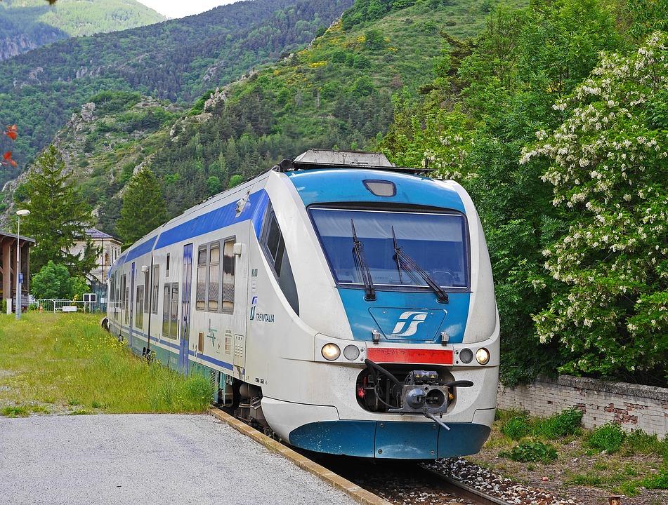 Regionális Vonat, Vasúti Kocsik, Trenitalia, La Brigue