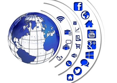 Media Sosial, Struktur, Internet