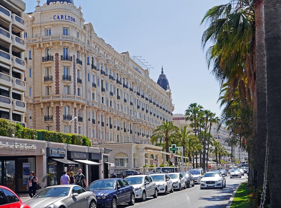 Louer un bus Cannes