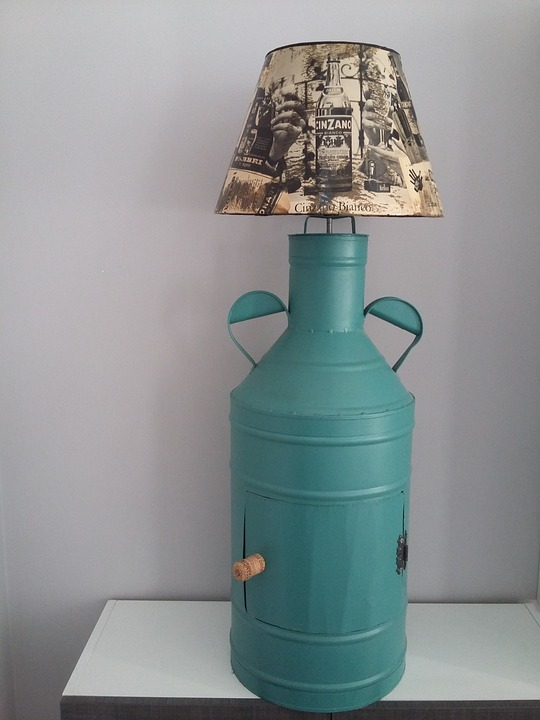 Upcycling, Idea, Lamp, Decoupage, Antique Oil Container, upcycle, how to upcycle