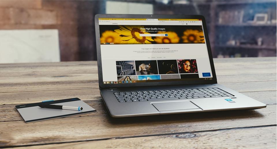 Laptop Pena Tab Komputer - Foto gratis di Pixabay