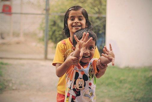 人, 儿童, 微笑, 快乐, 女孩, 女性, 年轻, 乐趣, 可爱, 幸福