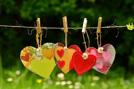 Hearts, Clothespins, Clothesline, Hang