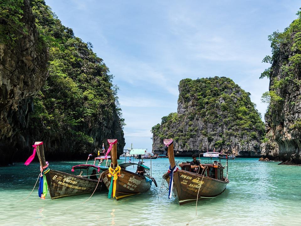 タイ, プーケット, ピピ島, 島巡り, カラフルなボート, ビーチ, 海, 旅行, 空, 島, 青, 風景