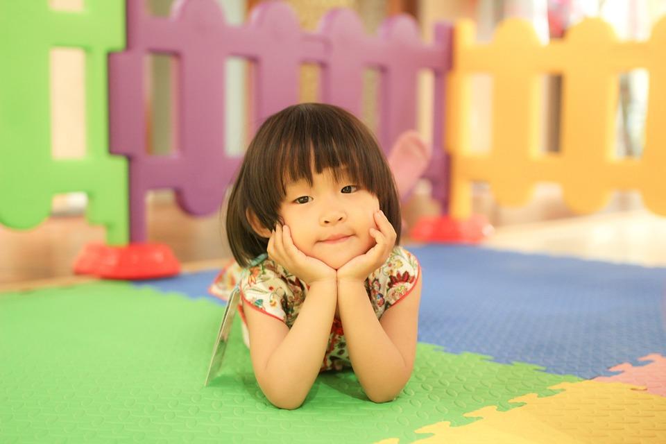 Kind binnen origineel · gratis foto op pixabay