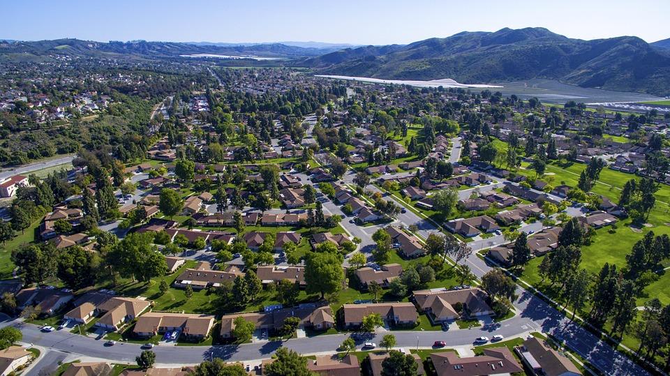 ドローン, 村, 空気, 土地, 家, 風景, 町, 外装ホーム, カラフルです, 緑, 芝生, ホーム