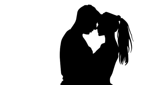 čierna leabians bozkávanie čierne lesbické nadvláda porno